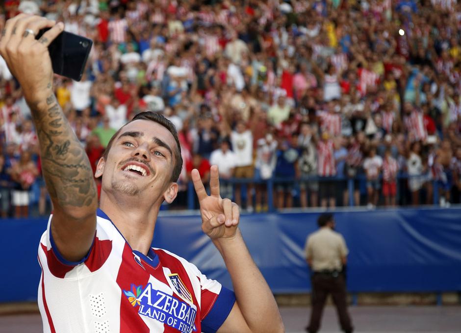 temporada 14/15 . Presentacion Griezmann. Estadio Vicente Calderón.