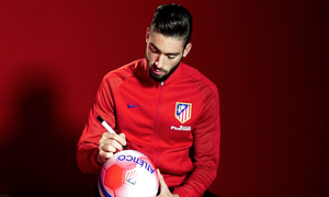 Win a ball signed by Yannick Carrasco using the hashtag #Carrasco2022