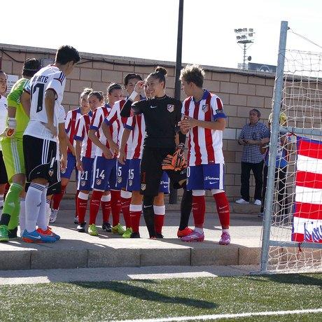 Club atl tico de madrid espect culo de f tbol y goles en for Oficinas atletico de madrid