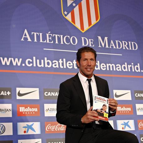 Club atl tico de madrid presentaci n del libro 39 el for Oficinas atletico de madrid