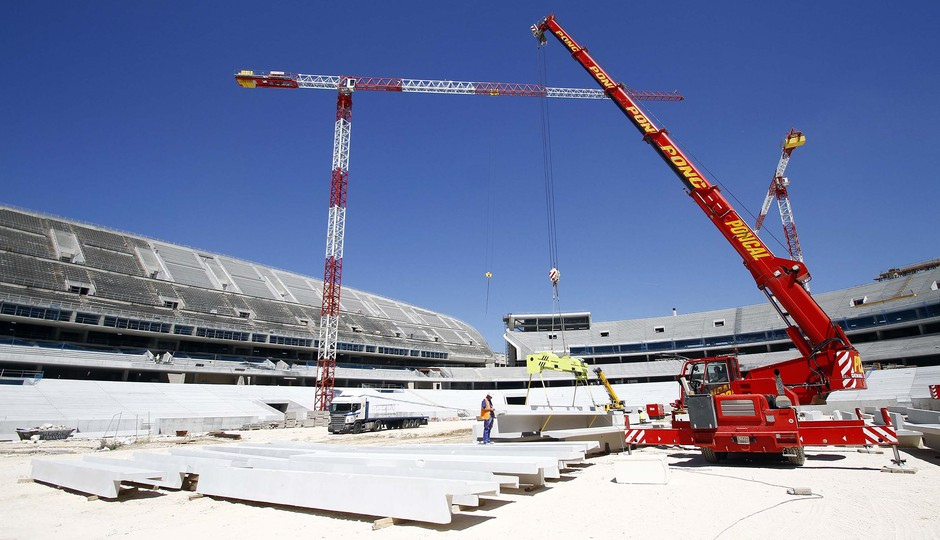 Club atl tico de madrid the construction of the middle for Construction de stand
