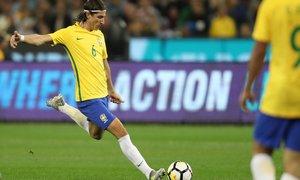 Temporada 2017/18. Filipe Luis con Brasil
