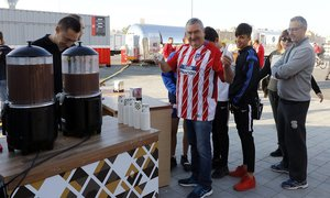 Temp. 17-18 | Atlético de Madrid - Sevilla | Chocolate con churros