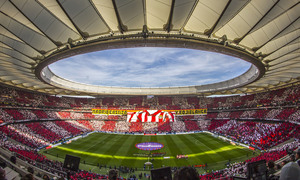 Temporada 18/19 | Atlético de Madrid - Real Madrid | Tifo