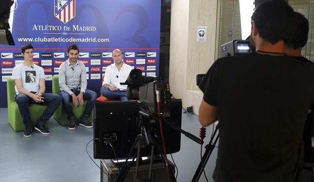 Club atl tico de madrid web oficial el hangout con for Oficinas atletico de madrid